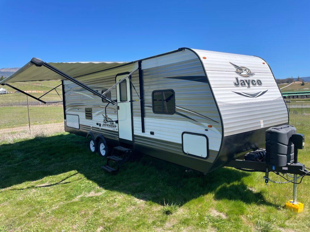 Jayco Trailer - Posh Potty Rentals - Southern Oregon Region