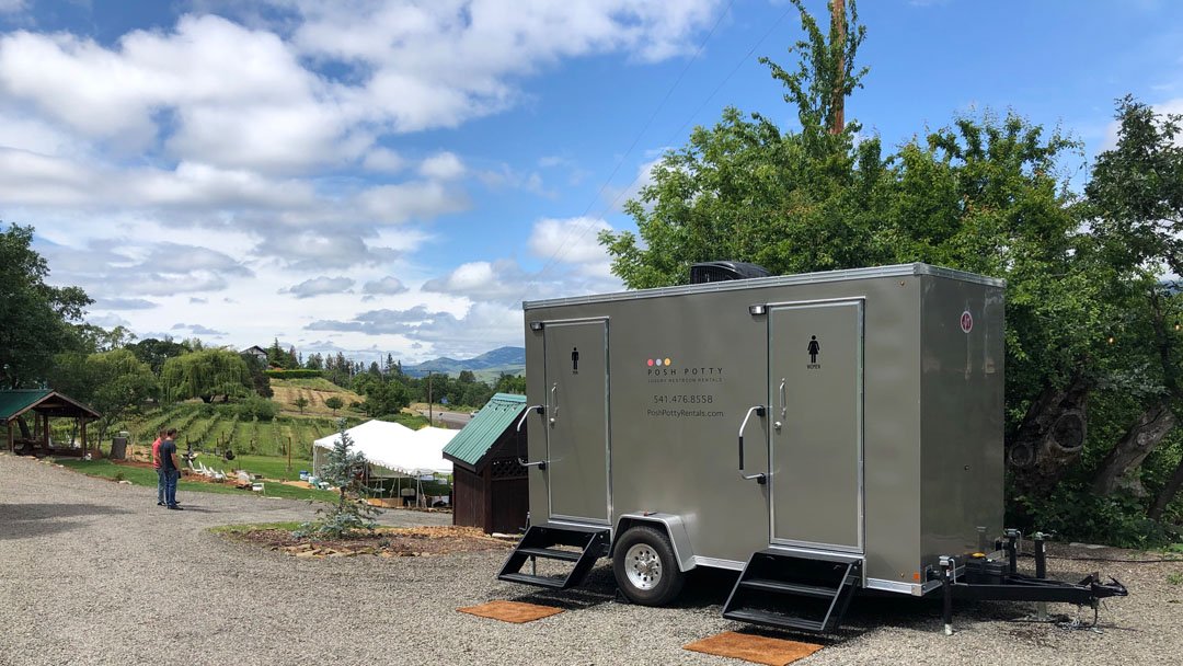 PoshPottyRentals-Southern Oregon